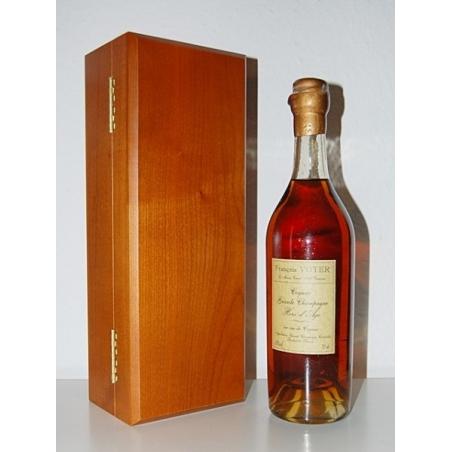 Hors d'Age Cognac François Voyer Bouteille Antique